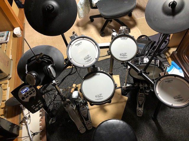 ローランド 電子ドラム 自宅の画像